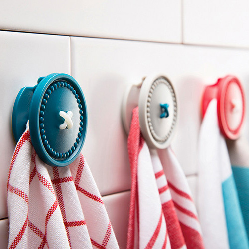 Button Up - Magnetic Towel Holder