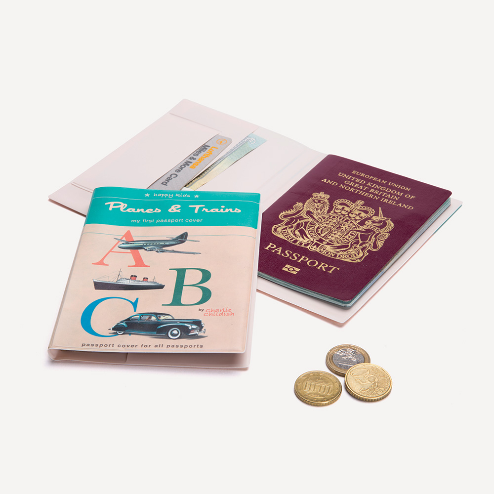 A Novel - Passport cover - Kids