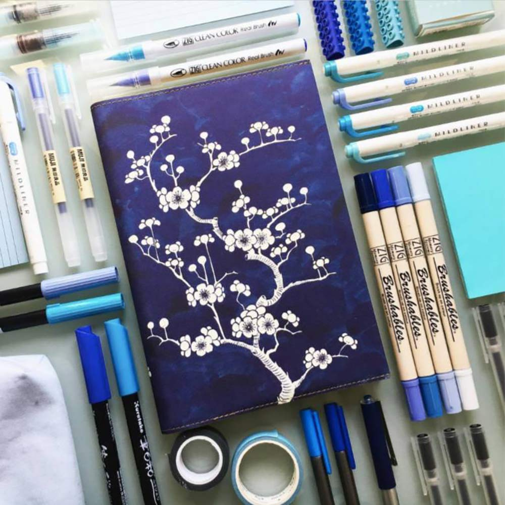 Flower Wow Ceramic Blue - A5 Lined Notebook