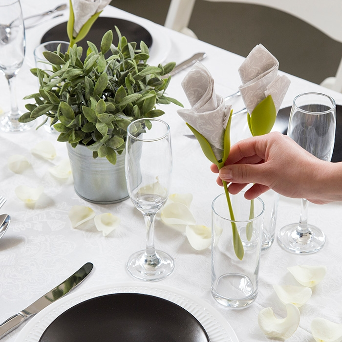 5 Tips Step up Your Table Décor Game
