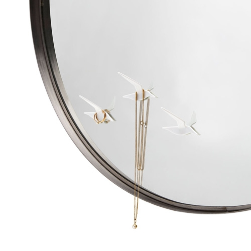 Fly By-Reflection jewelry hanger