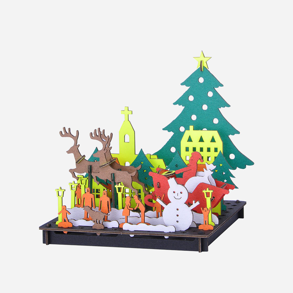 Model of Christmas - Japanese Cardboard Art