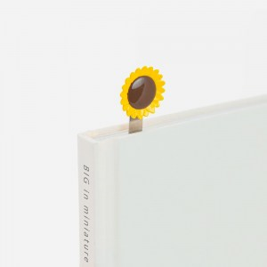 Sun-Flower-Bookmark-grey