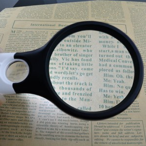 Handheld Magnifier with 3 LED Lights